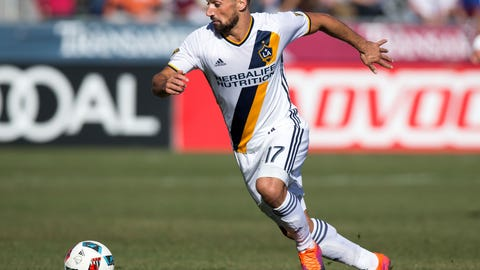Sebastian Lletget: Three yellow cards for a red