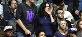Julia-Louis Dreyfus offers splendid tribute to Northwestern's first NCAA tourney bid