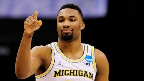 12:10, CBS: No. 2 Louisville vs No. 7 Michigan