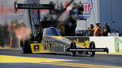Amalie Motor Oil NHRA Gatornationals ladders