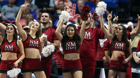New Mexico State cheerleaders