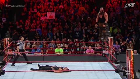 Roman Reigns defeated Braun Strowman