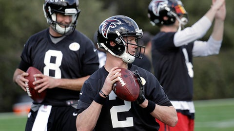 Atlanta Falcons quarterback Matt Ryan (2), with teammate Matt Schaub (8), throws during a practice for the NFL Super Bowl 51 football game Wednesday, Feb. 1, 2017, in Houston. Atlanta will face the New England Patriots in the Super Bowl Sunday. (AP Photo/Eric Gay)