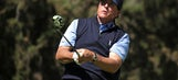 With caddie ailing, Mickelson turns to his brother on bag