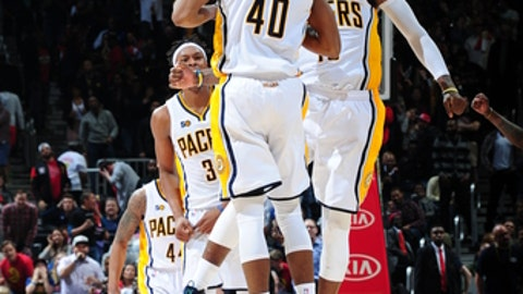 ATLANTA, GA - MARCH 5: Glenn Robinson III #40 celebrates hitting the game winning shot with Paul George #13 of the Indiana Pacers against the Atlanta Hawks  on March 5, 2017 at Philips Arena in Atlanta, Georgia.  NOTE TO USER: User expressly acknowledges and agrees that, by downloading and/or using this Photograph, user is consenting to the terms and conditions of the Getty Images License Agreement. Mandatory Copyright Notice: Copyright 2017 NBAE (Photo by Scott Cunningham/NBAE via Getty Images)