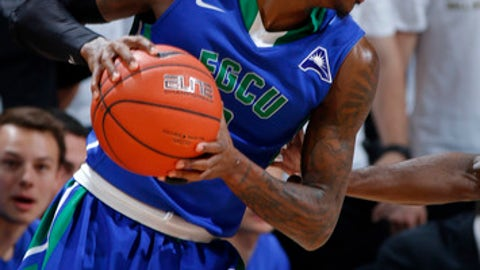 Florida Gulf Coast's Brandon Goodwin drives against Michigan State during the second half of an NCAA college basketball game, Sunday, Nov. 20, 2016, in East Lansing, Mich. Michigan State won 78-77. (AP Photo/Al Goldis)
