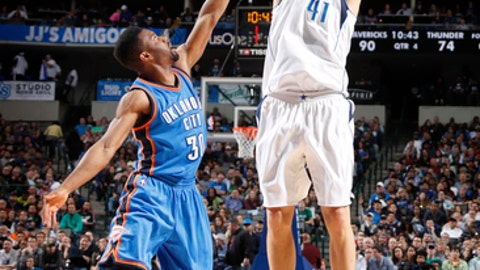 DALLAS, TX - MARCH 5:  Dirk Nowitzki #41 of the Dallas Mavericks shoots the ball during a game against the Oklahoma City Thunder on March 5, 2017 at American Airlines Center in Dallas, Texas. NOTE TO USER: User expressly acknowledges and agrees that, by downloading and/or using this photograph, user is consenting to the terms and conditions of the Getty Images License Agreement. Mandatory Copyright Notice: Copyright 2017 NBAE (Photo by Danny Bollinger/NBAE via Getty Images)