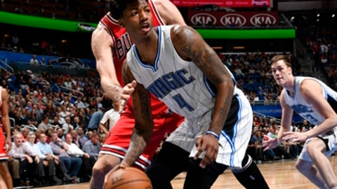 ORLANDO, FL - MARCH 8:  Elfrid Payton #4 of the Orlando Magic handles the ball against the Chicago Bulls on March 8, 2017 at Amway Center in Orlando, Florida. NOTE TO USER: User expressly acknowledges and agrees that, by downloading and or using this photograph, User is consenting to the terms and conditions of the Getty Images License Agreement. Mandatory Copyright Notice: Copyright 2017 NBAE (Photo by Fernando Medina/NBAE via Getty Images)