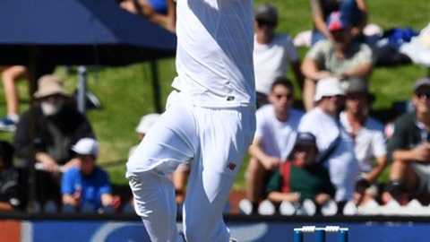 South Africa's Morne Morkel bowls during the second cricket test against New Zealand at the Basin Reserve, Wellington, New Zealand, Thursday, March 16, 2017. (AP Photo/Ross Setford, SNPA)