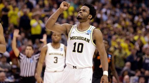 Midwest: No. 7 Michigan vs. No. 2 Louisville (12:10 p.m. ET)