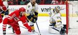 Skinner scores 2 to lead Hurricanes past Predators (Mar 18, 2017)