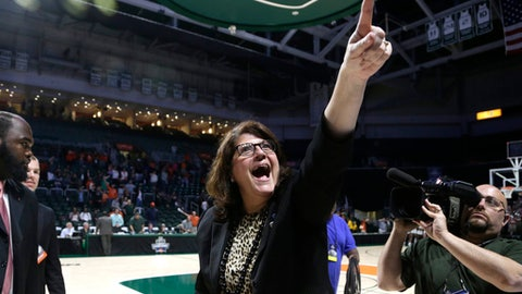 Quinnipiac head coach Tricia Fabbri reacts after defeating Miami 85-78 in a second round game in the NCAA women's college basketball tournament, Monday, March 20, 2017, in Coral Gables, Fla. (AP Photo/Lynne Sladky)