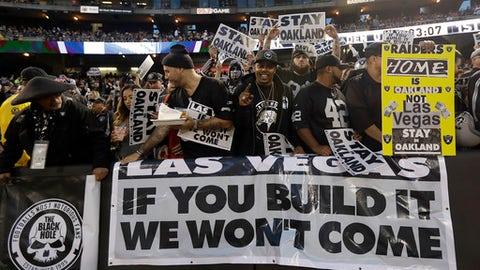 Los Angeles Rams at Oakland Raiders, Week 2 (Aug. 17-21)