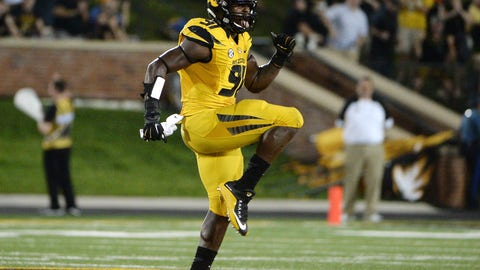 Dallas Cowboys: Charles Harris, DE, Missouri