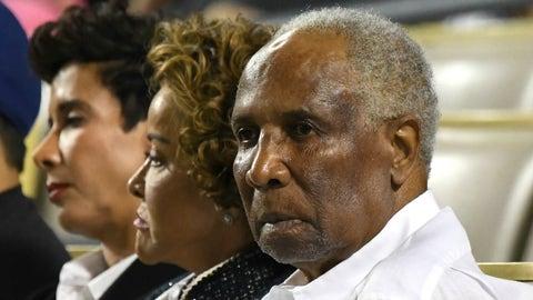 Xavier: Frank Robinson (MLB Hall of Famer)
