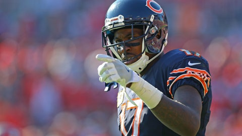 Nov 13, 2016; Tampa, FL, USA; Chicago Bears wide receiver Alshon Jeffery (17) against the Tampa Bay Buccaneers at Raymond James Stadium. The Buccaneers won 36-10. Mandatory Credit: Aaron Doster-USA TODAY Sports