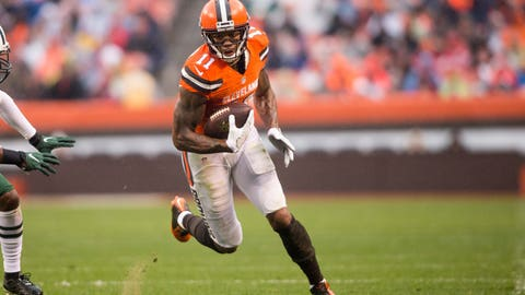 Oct 30, 2016; Cleveland, OH, USA; Cleveland Browns wide receiver Terrelle Pryor (11) during the second quarter against the New York Jets at FirstEnergy Stadium. The Jets won 31-28. Mandatory Credit: Scott R. Galvin-USA TODAY Sports
