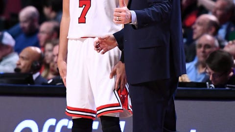 Mar 18, 2017; Chicago, IL, USA; Chicago Bulls guard Michael Carter-Williams (7) talks with Chicago Bulls head coach Fred Hoiberg during the second half at the United Center. Mandatory Credit: Mike DiNovo-USA TODAY Sports