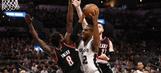 Spurs lose to Blazers despite Aldridge's return