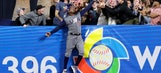 Watch Adam Jones steal a home run from Manny Machado in WBC