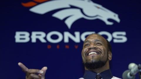 Denver Broncos: DT Daryl Gardener (2003)