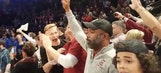 Darius Rucker sheds tears, celebrates on court after South Carolina win