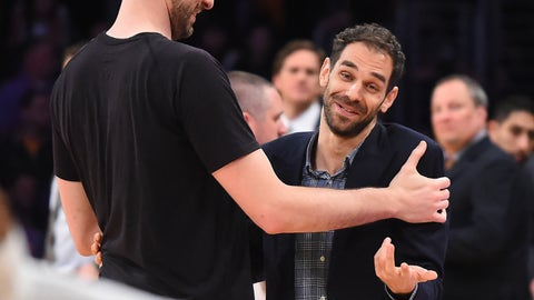 LOS ANGELES, CA - FEBRUARY 26:   Pau Gasol #16 of the San Antonio Spurs and Jose Calderon #5 of the Los Angeles Lakers talk after the game at Staples Center on February 26, 2017 in Los Angeles, California.  NOTE TO USER: User expressly acknowledges and agrees that, by downloading and or using this photograph, User is consenting to the terms and conditions of the Getty Images License Agreement. (Photo by Jayne Kamin-Oncea/Getty Images)