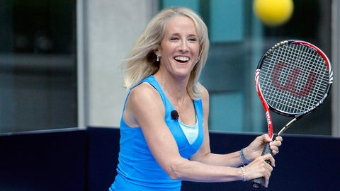 "NEW YORK, NY - AUGUST 30:  Former World Tennis Champion Tracy Austin plays a match with FOX & Friends"" co-host Steve Doocy during a vist to ""FOX & Friends"" at FOX Studios on August 30, 2011 in New York City.  (Photo by Jemal Countess/Getty Images)"