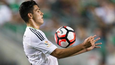Forward: Raul Jimenez