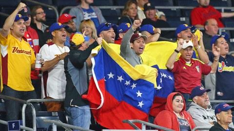 Venezuela Fans