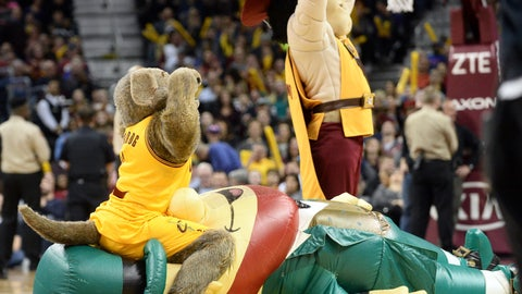 Cleveland Cavaliers Moon Dog (and Sir CC)