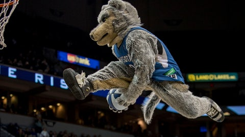 Minnesota Timberwolves: Crunch the Wolf