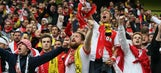 """Watch Dortmund and Monaco fans sing """"You'll Never Walk Alone"""" together"""