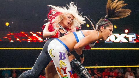 Raw: Alexa Bliss vs. Bayley