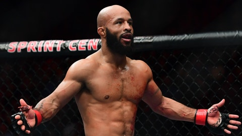 Demetrious Johnson defeats Wilson Reis by third-round submission