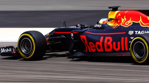 Daniel Ricciardo has yet to stand on the podium in 2017. (Photo: Glenn Dunbar/LAT Images)