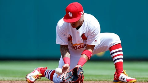 When did the Cardinals switch from gloves to frying pans?