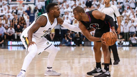 Chris Paul is facing the same problem as Russell Westbrook