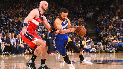 OAKLAND, CA - APRIL 2: Stephen Curry #30 of the Golden State Warriors handles the ball during the game against the Washington Wizards on April 2, 2017 at ORACLE Arena in Oakland, California. NOTE TO USER: User expressly acknowledges and agrees that, by downloading and or using this photograph, user is consenting to the terms and conditions of Getty Images License Agreement. Mandatory Copyright Notice: Copyright 2017 NBAE (Photo by Noah Graham/NBAE via Getty Images)