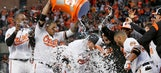 Trumbo's 11th-inning homer lifts Orioles over Blue Jays 3-2