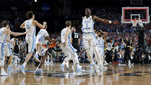 North Carolina players celebrate after the finals of the Final Four NCAA college basketball tournament against Gonzaga, Monday, April 3, 2017, in Glendale, Ariz. North Carolina won 71-65. (AP Photo/David J. Phillip)