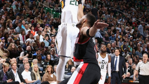 SALT LAKE CITY, UT - APRIL 4:  Gordon Hayward #20 of the Utah Jazz shoots the ball against the Portland Trail Blazers on April 4, 2017 at vivint.SmartHome Arena in Salt Lake City, Utah. NOTE TO USER: User expressly acknowledges and agrees that, by downloading and or using this Photograph, User is consenting to the terms and conditions of the Getty Images License Agreement. Mandatory Copyright Notice: Copyright 2017 NBAE (Photo by Melissa Majchrzak/NBAE via Getty Images)