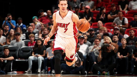 MIAMI, FL - MARCH 31: Goran Dragic #7 of the Miami Heat brings the ball up court during the game against the New York Knicks on March 31, 2017 at AmericanAirlines Arena in Miami, Florida. NOTE TO USER: User expressly acknowledges and agrees that, by downloading and or using this Photograph, user is consenting to the terms and conditions of the Getty Images License Agreement. Mandatory Copyright Notice: Copyright 2017 NBAE (Photo by Issac Baldizon/NBAE via Getty Images)