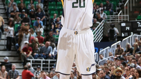 SALT LAKE CITY, UT - APRIL 7: Gordon Hayward #20 of the Utah Jazz shoots the ball against the Minnesota Timberwolves during the game on April 7, 2017 at vivint.SmartHome Arena in Salt Lake City, Utah. NOTE TO USER: User expressly acknowledges and agrees that, by downloading and or using this Photograph, User is consenting to the terms and conditions of the Getty Images License Agreement. Mandatory Copyright Notice: Copyright 2017 NBAE (Photo by Melissa Majchrzak/NBAE via Getty Images)