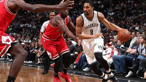 BROOKLYN, NY - APRIL 8: Spencer Dinwiddie #8 of the Brooklyn Nets handles the ball against the Chicago Bulls during the game on April 8, 2017 at Barclays Center in Brooklyn, New York. NOTE TO USER: User expressly acknowledges and agrees that, by downloading and or using this Photograph, user is consenting to the terms and conditions of the Getty Images License Agreement. Mandatory Copyright Notice: Copyright 2017 NBAE (Photo by Nathaniel S. Butler/NBAE via Getty Images)
