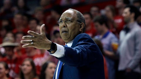 "FILE - In this March 4, 2017, file photo, Memphis head coach Tubby Smith reacts to a play during the first half of an NCAA college basketball game against SMU, in Dallas. Memphis athletic director Tom Bowen says he and coach Tubby Smith are ""extremely optimistic about the future of our program"" even though the Tigers' top three scorers this season are all transferring. Bowen issued a statement Tuesday, April 11, 2017, saying he had met with Smith ""at length.""(AP Photo/LM Otero, File)"