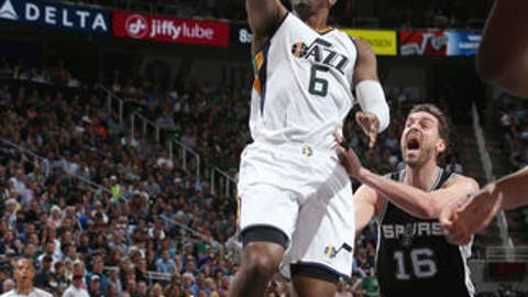 SALT LAKE CITY, UT - APRIL 12: Joe Johnson #6 of the Utah Jazz goes for a lay up against the San Antonio Spurs during the game on April 12, 2017 at vivint.SmartHome Arena in Salt Lake City, Utah. NOTE TO USER: User expressly acknowledges and agrees that, by downloading and or using this Photograph, User is consenting to the terms and conditions of the Getty Images License Agreement. Mandatory Copyright Notice: Copyright 2017 NBAE (Photo by Melissa Majchrzak/NBAE via Getty Images)
