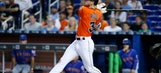 Riddle homers in 9th, Ozuna catch helps Marlins top Mets 4-2 (Apr 16, 2017)