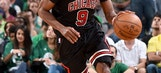 Bulls guard Rajon Rondo out indefinitely with broken thumb
