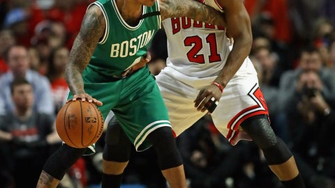 CHICAGO, IL - APRIL 28:    Isaiah Thomas #4 of the Boston Celtics moves against Jimmy Butler #21 of the Chicago Bulls during Game Six of the Eastern Conference Quarterfinals during the 2017 NBA Playoffs at the United Center on April 28, 2017 in Chicago, Illinois. (Photo by Jonathan Daniel/Getty Images)